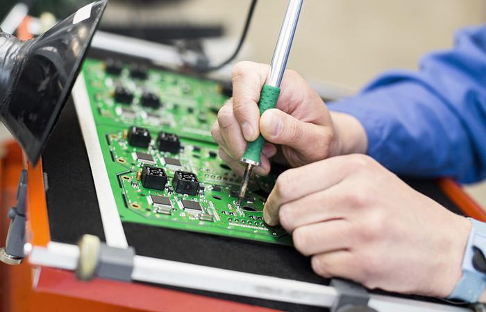 贴片加工中精密手工焊接技术标准 | 杭州迅得电子